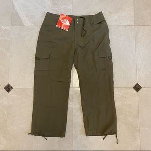 NWT The North Face Green Cargo Pants